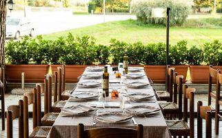 km-431-alba-adriatica-sala-ristorante